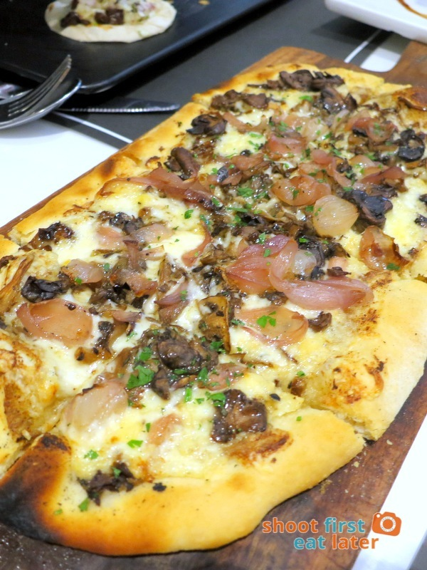 Todd English Food Hall Manila - Truffle Fungi Flatbread Pizza P700