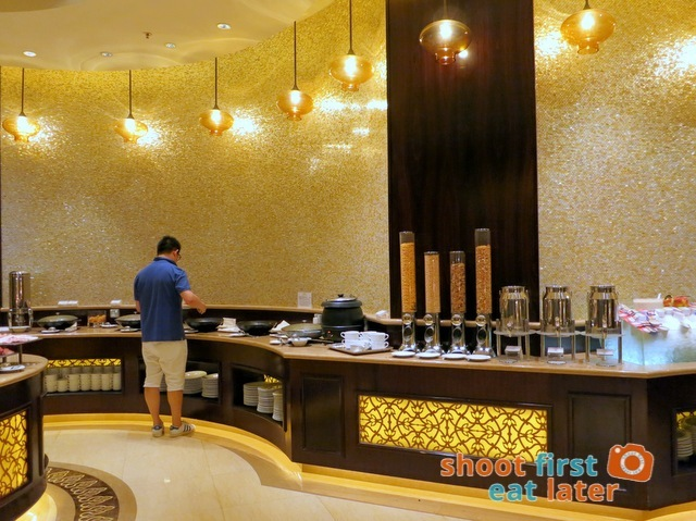 Sheraton Macao Club Lounge breakfast buffet -002
