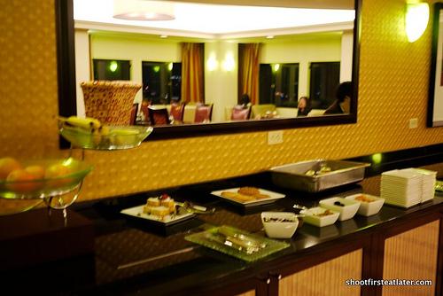 JW Marriott-club lounge 14