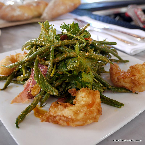 crispy shrimp w: green bean, almonds, serrano ham