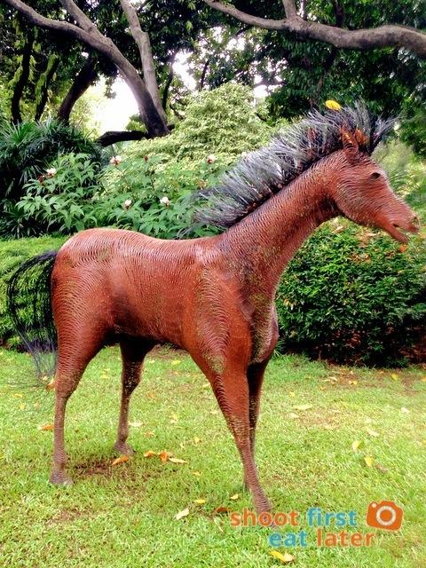 Sculptural Horses by Ann Pamintuan (Greenbelt 5)-002