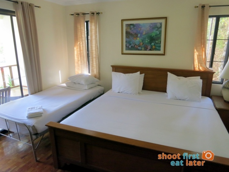 Baguio Country Club 3 Bedroom Cottage-011