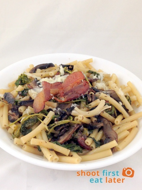Bacon, Mushroom & Kale pasta