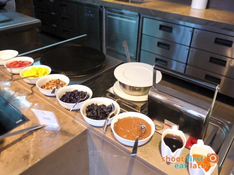 Marco Polo Hotel Ortigas Cucina Restuarant Buffet- crepe & waffle station