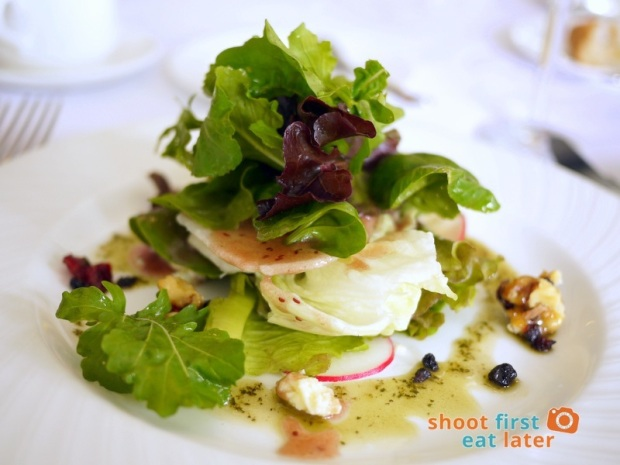 Antonio's Tagaytay- Antonio's Organic Mesclun Salad, Bleu d' Auvegne, Peppered Glazed Walnuts, Dried Currants & Cranberries with Raspberry Vinaigrette, Drizzled with Basil Oil