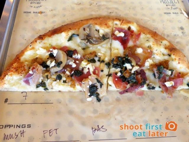 #7 (proscuitto, caramelized onions, mozzarella, Parmesan) with mushroom & basil
