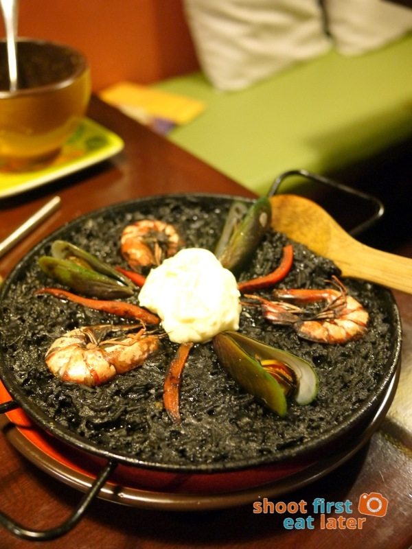 Calderon Restaurant - Paella Negra (small) P680