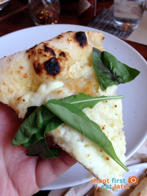 Gino's Brick Oven Pizza (Salcedo branch)- Bianca Verde pizza P330-001