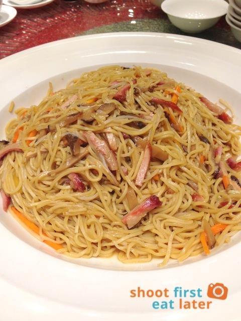 Choi Garden - e-fu noodles in abalone sauce