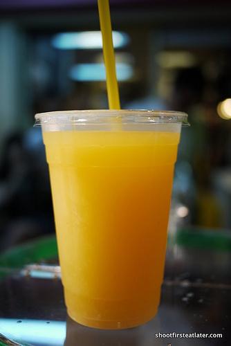 fresh orange juice-1