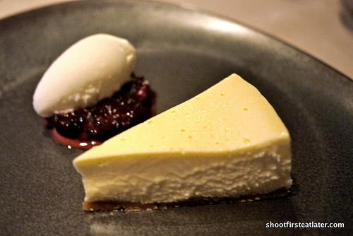 cheesecake, red fruits marmalade, yoghurt sorbet