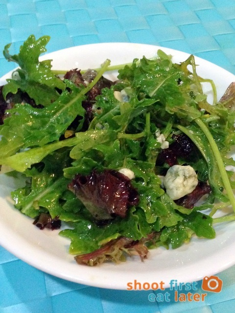 Kale salad with dried cranberries & blue cheese