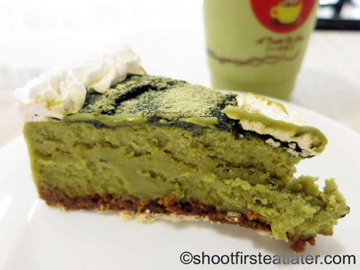 Akiba Cafe- green tea cheesecake P130-001