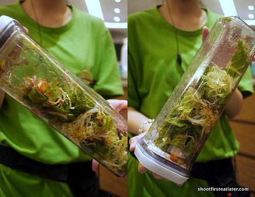 Sakura shrimp shake shake salad