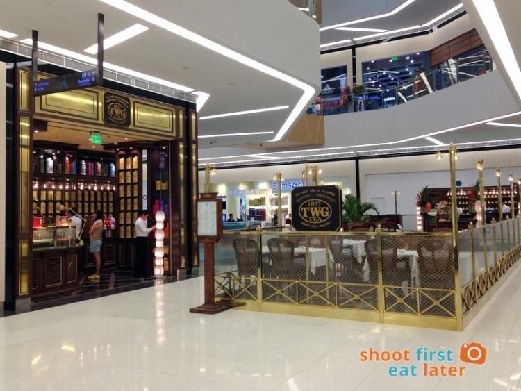 Century City Mall Manila-002