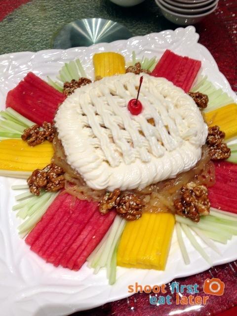 Choi Garden - chicken and fruit salad
