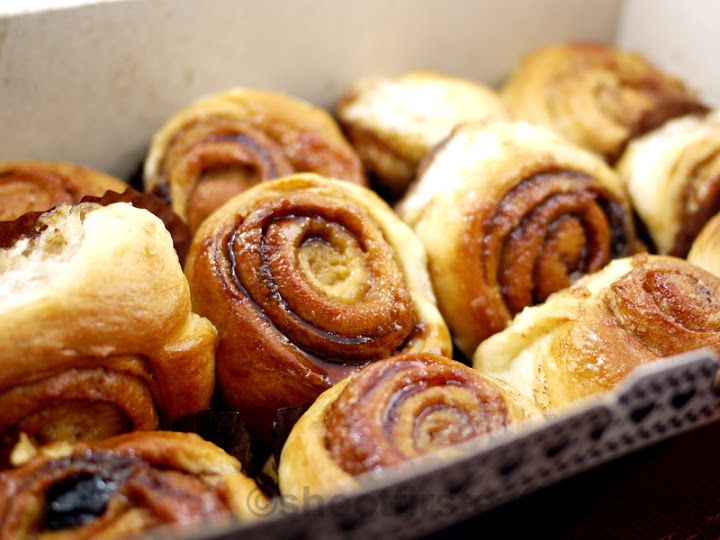 Mom & Tina's mini cinnamon rolls-001
