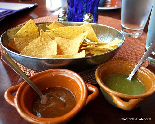 pasilla de oaxaca & salsa de tomatillo y habanero salsas