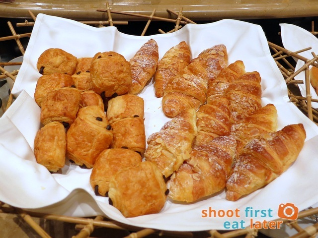 Sheraton Macao Club Lounge breakfast buffet - croissant