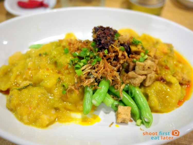 Sarsa Kitchen+Bar- Roasted Kalabasa with Green Beans & Crispy Dilis + Chili Garlic (pumpkin) P175-001