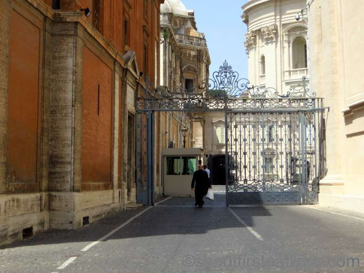 The Vatican Necropolis - Scavi  Tour