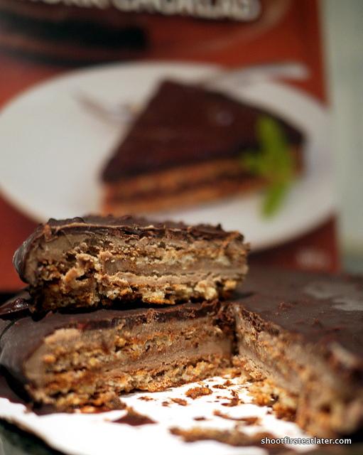 Ikea Almond Cake w: Dark Chocolate