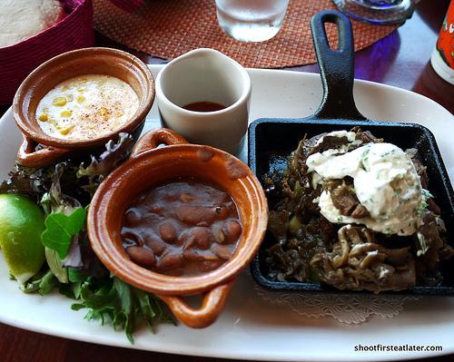vegetales a la brasa taco (skillet roasted vegetables)