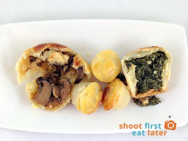 Baked by Anita-Truffled Mushroom and Spinach Goat Cheese Bocaditos