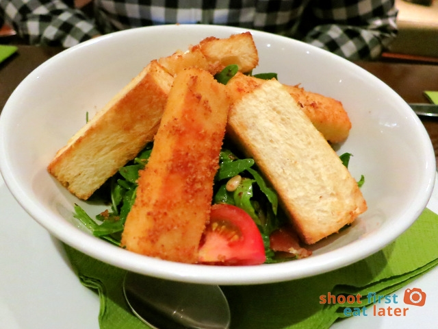 goat cheese salad S$16