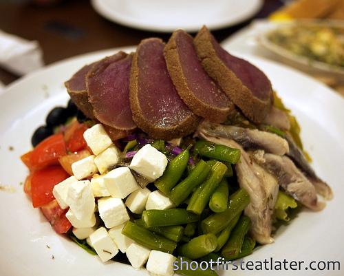 tonnos salata (tuna salad)