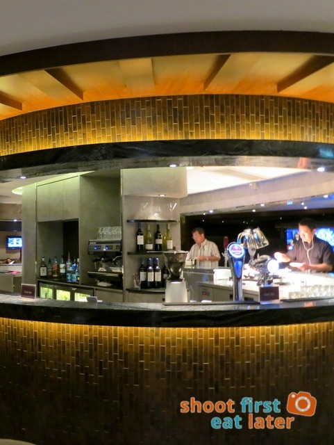 Plaza Premium Lounge Hong Kong-002