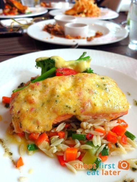 PIA Baked salmon with orzo pasta  P695
