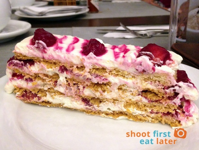 Strawberry Napoleon P125